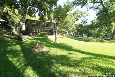 New Braunfels Single Family Home For Sale: 8722 & 0 River Rd