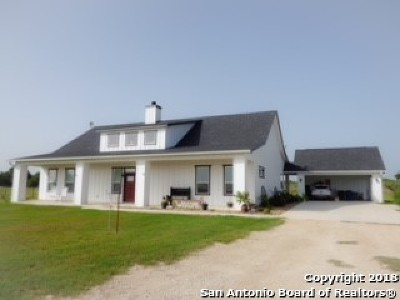 Wilson County Single Family Home New: 657 County Road 338