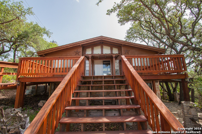 Comal County Single Family Home New: 660 Heritage Hill