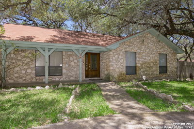 Atascosa County Single Family Home New: 72 Crestline Dr