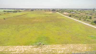 Atascosa County Residential Lots & Land New: 124 Mann Rd
