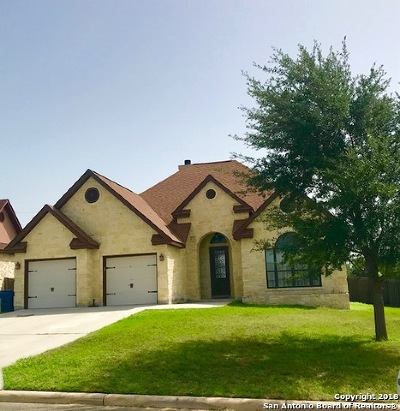Floresville Single Family Home New: 113 Parkcrest