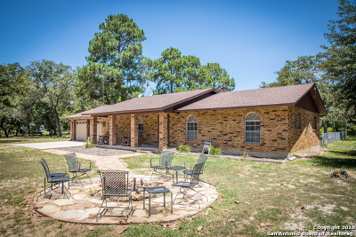Guadalupe County Single Family Home New: 1250 Hickory Forrest Dr