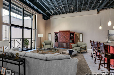 Condo/Townhouse For Sale: 214 E Travis St #306