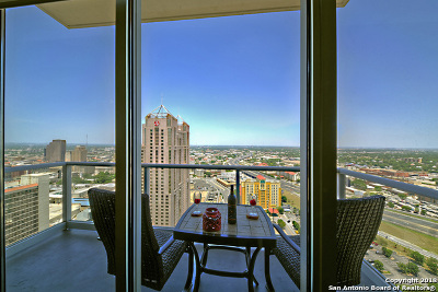 San Antonio Condo/Townhouse New: 610 E Market St #2914