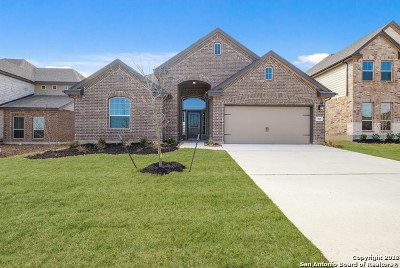 Guadalupe County Single Family Home New: 305 Waterford