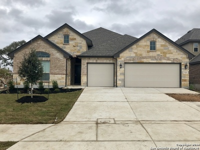 Guadalupe County Single Family Home New: 213 Waterford