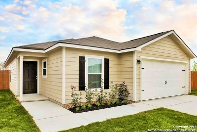 Bexar County Single Family Home New: 6215 Baywood Crest