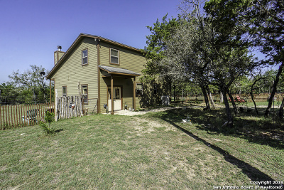 Bandera County Single Family Home New: 247 Live Oak Ridge