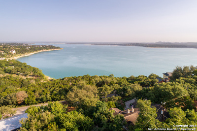 Canyon Lake Single Family Home For Sale: 590 Skyline Dr