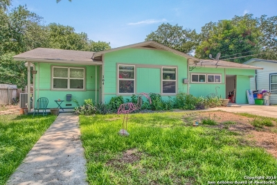 Schertz Single Family Home For Sale: 304 2nd St
