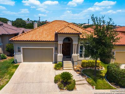 San Antonio Single Family Home For Sale: 19522 Brooke Pl