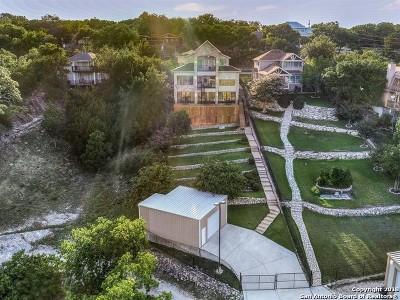 Canyon Lake Single Family Home Active Option: 1745 W Lakeside Dr