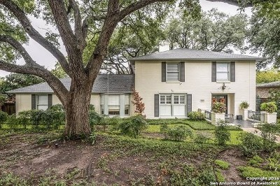 Terrell Hills Single Family Home For Sale: 605 Arcadia Pl