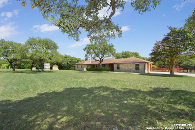 Helotes Single Family Home For Sale: 343 Oak Country