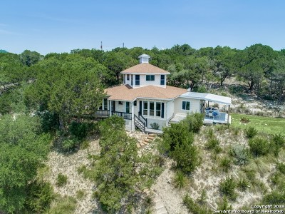 Boerne Single Family Home For Sale: 108 Mountain Spring Dr