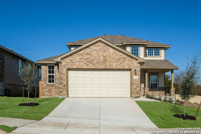 Schertz Single Family Home For Sale: 12221 Forbach Dr