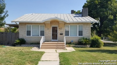 Single Family Home For Sale: 500 Rigsby Ave