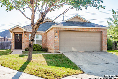 Helotes Single Family Home Active Option: 9807 Leubeck Ranch