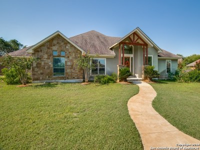 Atascosa County Single Family Home Price Change: 1621 Clover Rdg