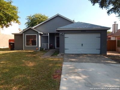 San Antonio Single Family Home Back on Market: 6218 Candleview Ct