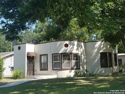 Guadalupe County Single Family Home For Sale: 1003 E Mountain St