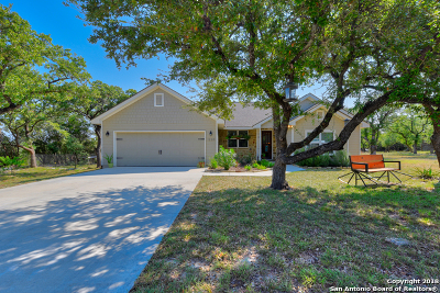 Canyon Lake Single Family Home For Sale: 1220 Four Winds Dr