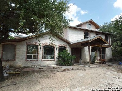 Helotes Single Family Home For Sale: 20611 Scenic Loop Rd