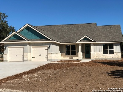Canyon Lake Single Family Home New: 104 Cliffwood