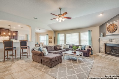 Helotes Single Family Home New: 10331 Salamanca