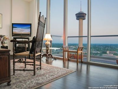 Condo/Townhouse For Sale: 610 E Market St #2603