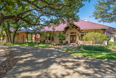 Boerne Single Family Home New: 702 Rio Cordillera