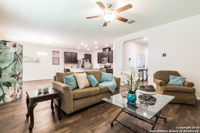 San Antonio Single Family Home New: 1402 Bluejay Ct