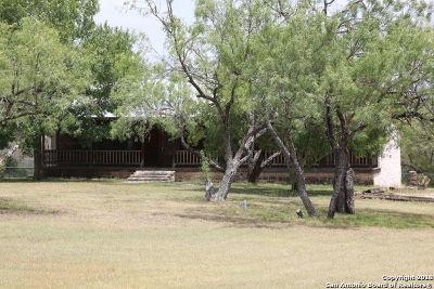 Castroville Single Family Home New: 1395 Fm 1343