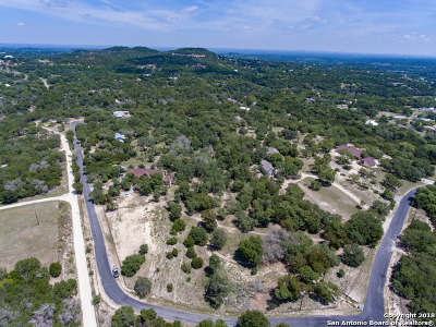 Boerne Single Family Home For Sale: 105 Branding Iron Rd