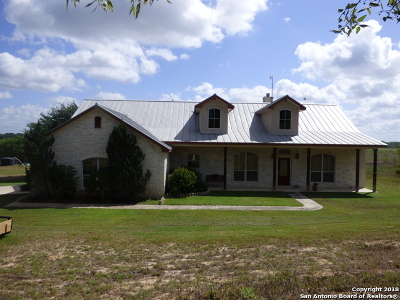Wilson County Farm & Ranch For Sale: 7858 Us Highway 87
