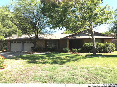 Boerne Single Family Home New: 120 Creekside Dr