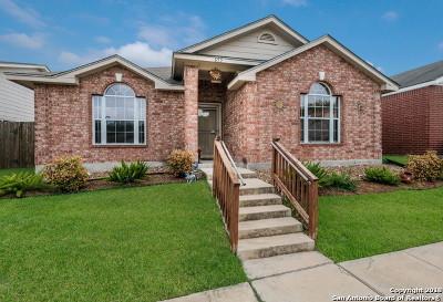 Universal City Single Family Home New: 655 Meadow Arbor Ln