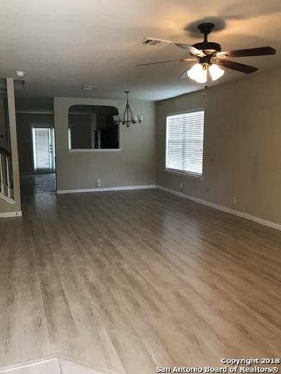 Schertz Single Family Home New: 740 Hightrail Rd