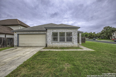 Helotes Single Family Home New: 9626 Diamond Cliff Dr