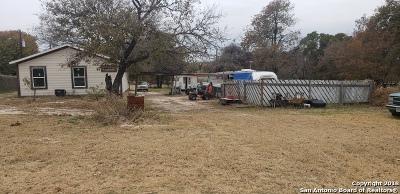 Atascosa County Single Family Home For Sale: 875 Royal Oaks Rd