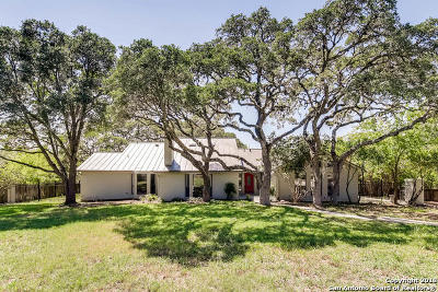 Helotes Single Family Home For Sale: 564 Oak Country