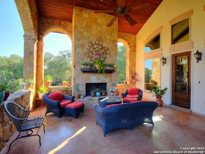 New Braunfels Single Family Home For Sale: 1321 Bordeaux