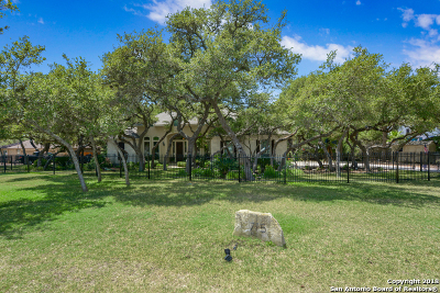 Single Family Home For Sale: 715 Slumber Pass