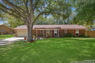 Atascosa County Single Family Home For Sale: 219 High Meadow Dr