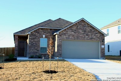 New Braunfels Single Family Home Back on Market: 710 Rain Dance