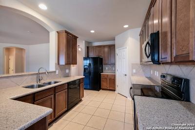 Schertz Single Family Home For Sale: 5112 Eagle Valley St
