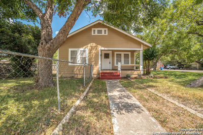 Guadalupe County Single Family Home Back on Market: 753 Leissner St