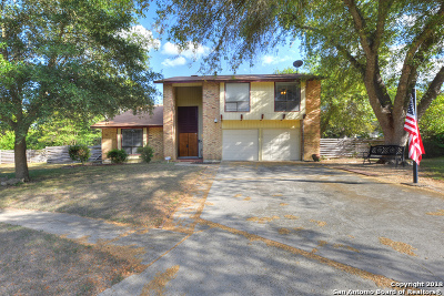 Universal City Single Family Home For Sale: 8414 Zodiac Dr