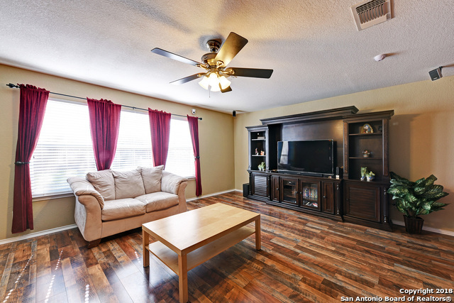 4 bed / 2 full, 1 partial baths Home in San Antonio for $215,000